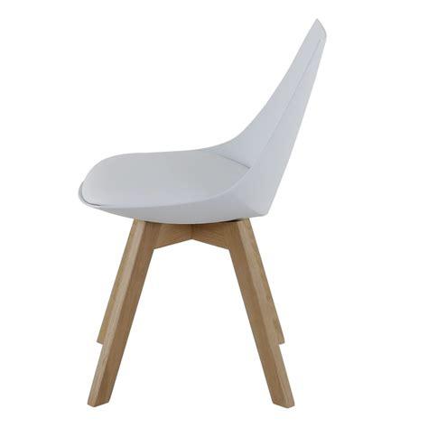 lot 4 chaises blanches lot de 4 chaises blanches et piétement chêne kosyform