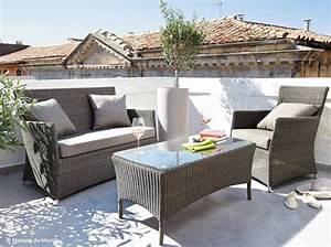 Salon Jardin Balcon : salon jardin pour balcon ekipia ~ Teatrodelosmanantiales.com Idées de Décoration