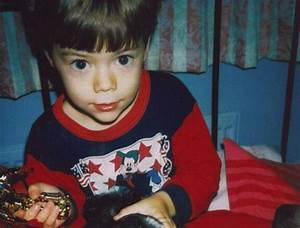 Harry Styles tweets most adorable snapshot of himself as a ...