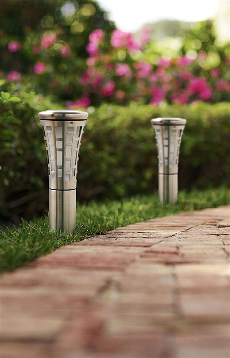 Home Depot Landscape Lighting by Lighting Stunning Outdoor Lighting Feature By Using Solar