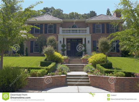 grande maison de luxe de brique photographie stock libre de droits image 1348567