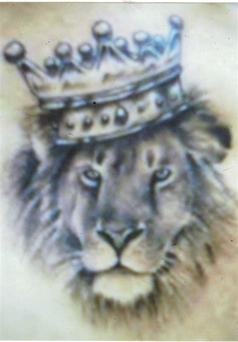 liong  king  crown tattoo nice details