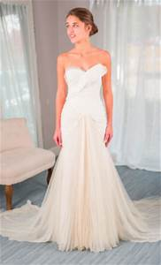 vera wang hayden for rent or sale 1220 size 0 used With where to rent wedding dresses