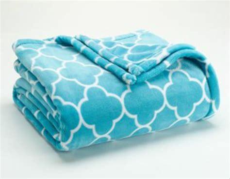 The Big One Super Soft Plush Throw Blanket Aqua Blue Geometric Geo 60x70 Nip  Knit A Baby Blanket For Beginners Fleece Poncho Liner Large Chunky Waterproof Electric Wrap Super Easy Crochet Heated Under