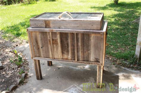 diy cowboy cooler diy   patio porches woodworking projects rustic cowboy cooler
