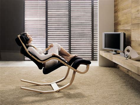 beautiful and relaxed stokke gravity balans chair