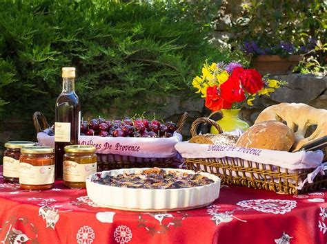 garance cuisine road cycling holidays in