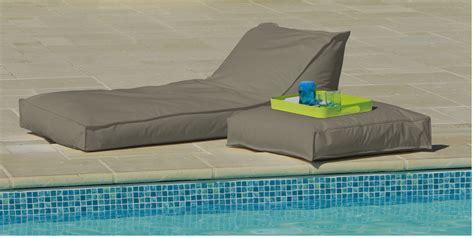 matelas exterieur impermeable transat matelas extrieur impermeable bain de soleil taupe