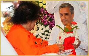 The Guide  The Guru And The Loving God