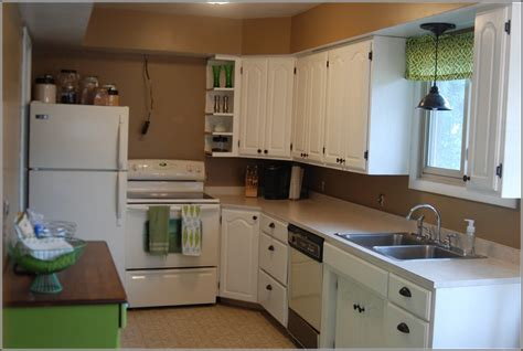 companies that spray paint kitchen cabinets spraying cabinets with airless sprayer digitalstudiosweb com