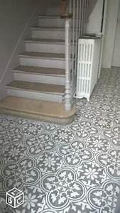 Escalier Carreaux De Ciment : habiller ses escaliers papier peint imitation carreaux ~ Dailycaller-alerts.com Idées de Décoration