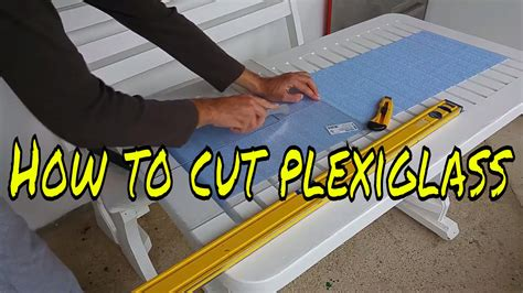 How To Cut Plexiglass With Exacto Knife Youtube