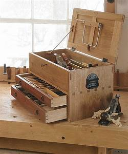 Tool Chest with Drawers - FineWoodworking