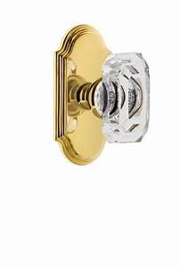 Arc Short Plate With Baguette Clear Knob Polished Brass