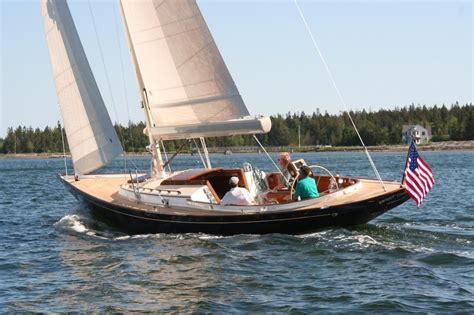 Hinckley Yachts President by Hinckley Daysailer Someday Raindrops On Roses