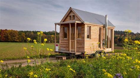 Tiny Häuser Stellplatz by Tiny House Auf R 228 Dern Ein Holzhaus F 252 R Zugv 246 Gel