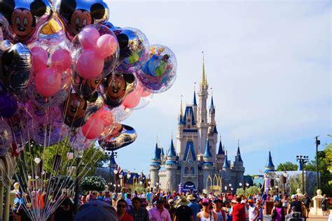 How to Eat Gluten Free at Walt Disney World - Urban Tastebud
