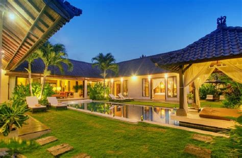 Tania Luxury 3br Electronic Gated