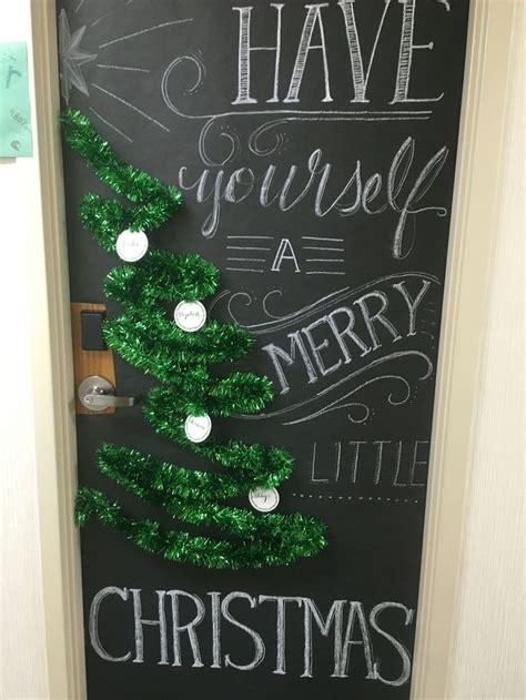 christmas door decorating contest ideas  pinterest