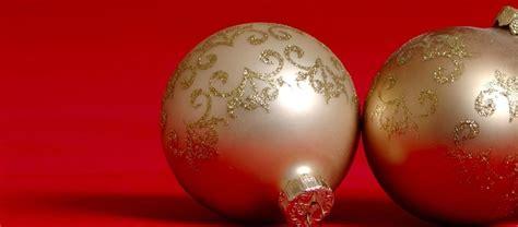 tappeti natalizi corsie tappeti natalizi decorati tinta unita e glitter