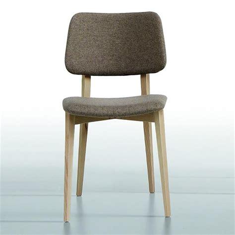 pieds meuble cuisine chaise scandinave midj tissu gris pieds bois sur cdc design