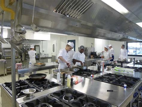 apprentissage en cuisine restauration formation en apprentissage mfr