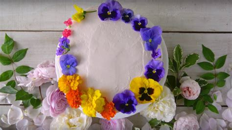 Cake Decorating With Real Flowers - how to decorate cakes with real edible and non edible flowers