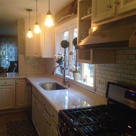 My white kitchen dreams have come true! Viatera Minuet