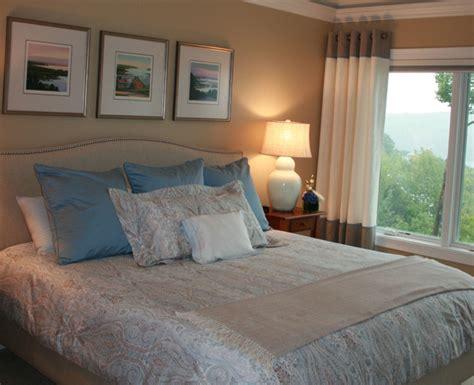 Meredith, Nh Lake House Master Bedroom Traditional