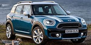 Mini Countryman S : 2018 mini countryman vehicles on display chicago auto show ~ Melissatoandfro.com Idées de Décoration