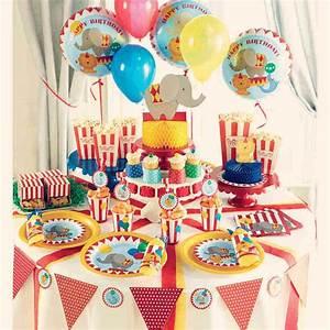 Theme Anniversaire Fille : top des th mes d 39 anniversaire enfants 2015 ~ Melissatoandfro.com Idées de Décoration