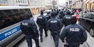 Kfz Meister Bei Der Polizei : hamburgs b rgermeister olaf scholz verteidigt harten ~ Jslefanu.com Haus und Dekorationen