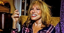 Carly Simon describes her Jackie Kennedy deathbed farewell