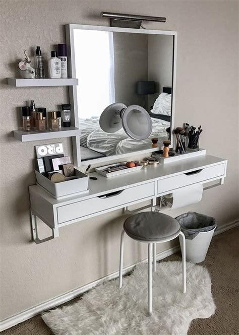 awesome ways real people store  makeup