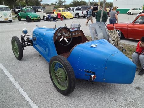 It is the result of many years of enthusiastic collecting, and is a mix of genuine original parts and reproduction parts. TheSamba.com :: Kit Car/Fiberglass Buggy/356 Replica - View topic - 1927 Bugatti 35B replica help