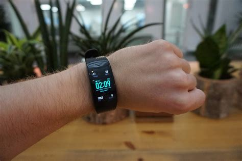 samsung gear fit  pro review trusted reviews