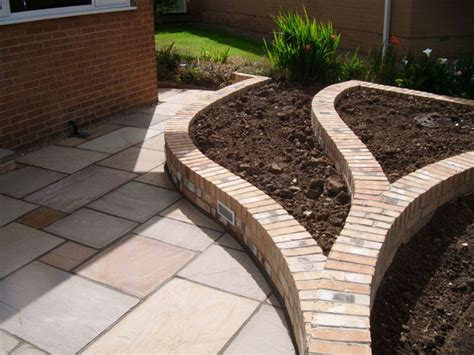bricks garden pics fairstone riven harena garden paving marshalls co uk