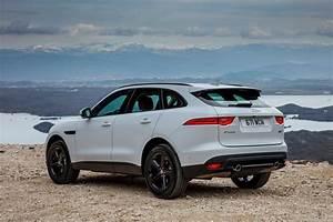 Avis Vendez Votre Voiture : le jaguar f pace lu voiture de l 39 ann e actualit automobile motorlegend ~ Gottalentnigeria.com Avis de Voitures
