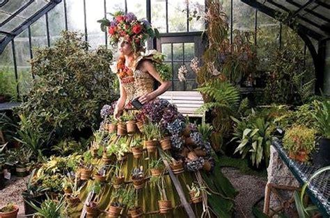 fashion meets flowers  brooklyn botanic gardens spring gala
