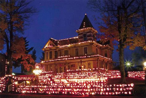 Pumpkin House Wv Kenova 2015 by Attractions The Trainmaster S House