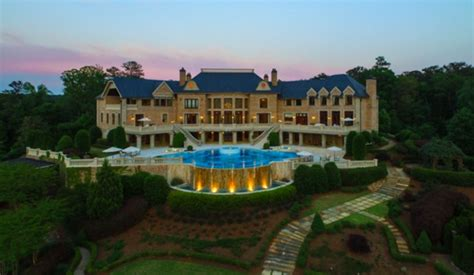 tyler perry sells atlanta mega mansion   million
