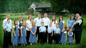a look at the duggar family and four other supessize families abc news