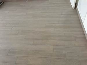 pose carrelage imitation parquet trendy xcm rectifi With pose parquet pvc sur carrelage