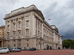 Archivo:Palacio de Buckingham, Londres, Inglaterra, 2014 ...