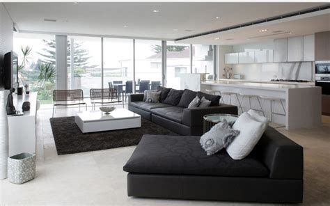 12 superbes décorations de salon avec un canapé noir