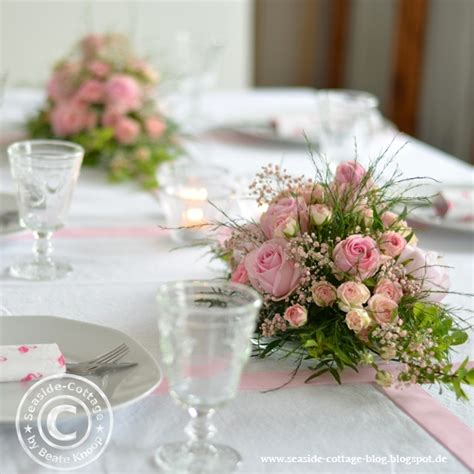 deko für taufe mädchen rosa traum tischgestecke zur konfirmation eines