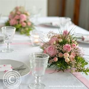 Tischgestecke Selber Machen : rosa rosen traum tischgestecke zur konfirmation eines m dchens seaside cottage ~ Frokenaadalensverden.com Haus und Dekorationen