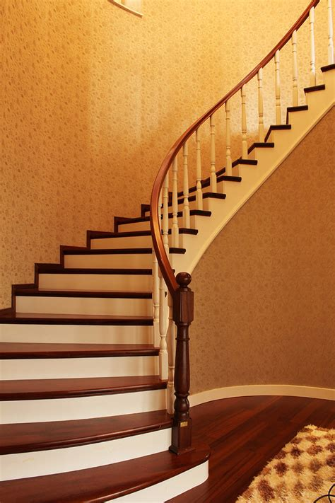 scala rivestita in legno escalier en bois d 233 co solutions