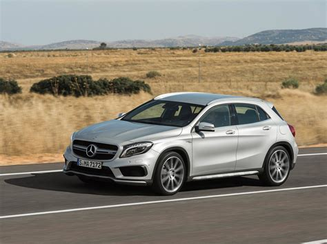 Mercedes Gla Class Photo by 2016 Mercedes Gla Class Photos Informations