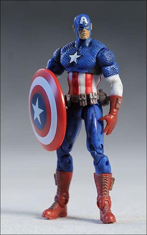 marvel universe ultimate captain america loose jan